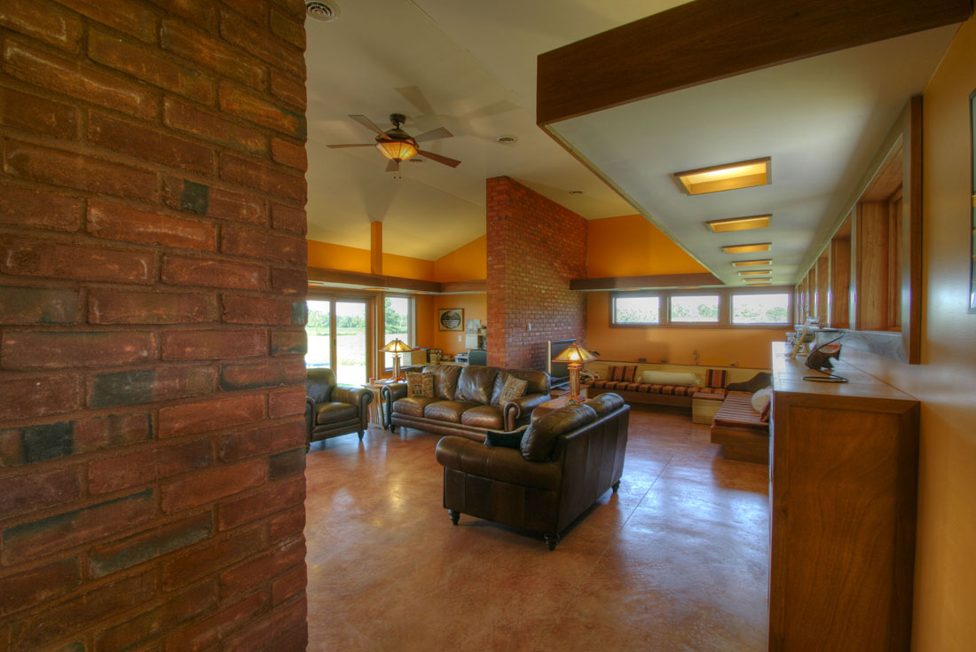 prairie ranch family room